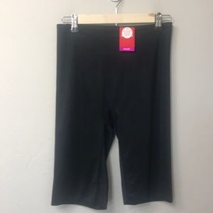 Spanx black extended length short. XL. NWT